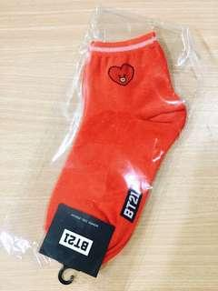 [ONHAND] BTS BT21 TATA EMBROIDERED SOCKS DOUBLE SIDED