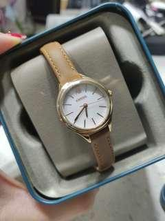 Fossil mother of pearl small leather watch