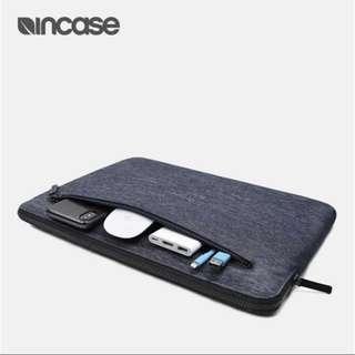 🌟Brand New🌟Incase Compact Sleeve Macbook Pro Air 13 inch