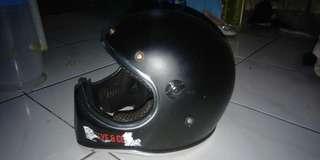 Helm cakill doff