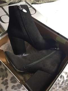Boots! Size 7! Brand new