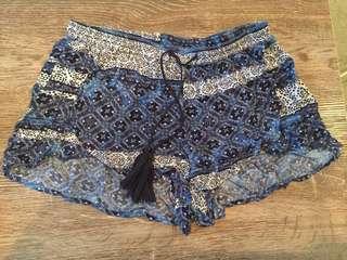 Rusty beachy shorts! Size 6