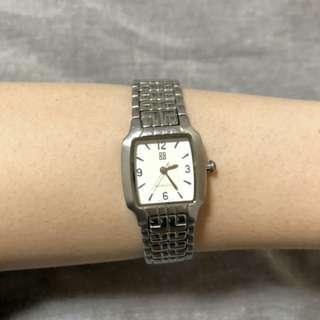 Givenchy watch + box working fine                        (((NO BARGAIN, PLS!! 拜托!!))) 日本名牌手錶