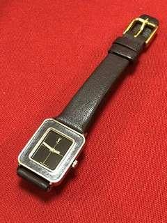 YSL watch  working fine                                 (((NO BARGAIN, PLS!! 拜托!!))) 日本名牌手錶