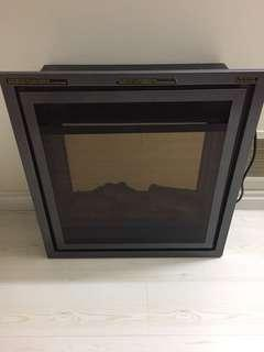 Portable fireplace/heater
