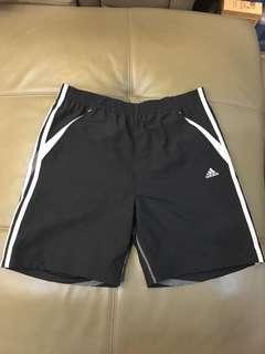 全新正版 adidas運動短褲