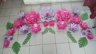 Back drop paper flowers