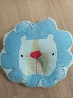 Preloved baby pillow