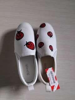 Brand new IT  shoes