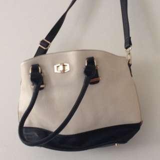 Colette Hayman black and beige Handbag