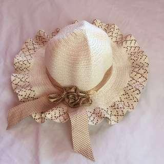 Summer Hat for ₱100 only!