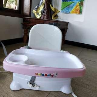 Take Anywhere Booster Seat with Tray