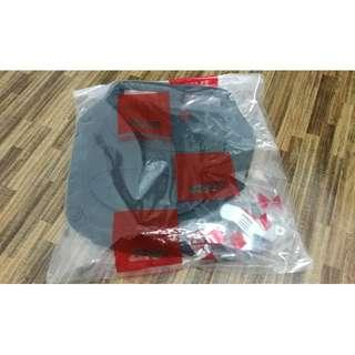 Top GIVI plate brand new