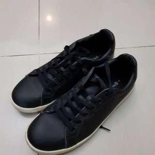 Target collection leather black sneakers shoes