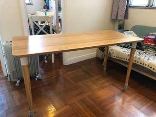 Ikea HILVER 竹檯 餐桌