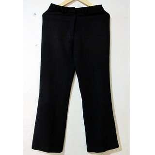 B01_Celana Panjang Hitam Accent