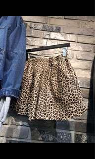韓國爆裂豹紋短褲
