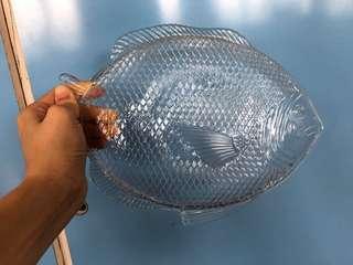 Fish glass plate
