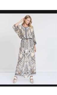 Camilla dress 'Split pocket dress Moto Maiko print'