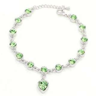 🚚 💎BN INSTOCK Silver Plated Zircon Crystal Light Green Hearts Bracelet