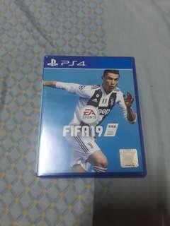 FIFA 19 (Price Is Negotiable)