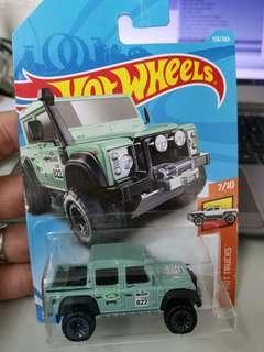 Hotwheels LAND Rover Defender 110 pickup