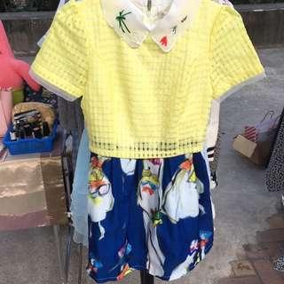 黃色拼接深藍花朵洋裝