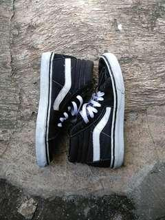 Sepatu vans Sk8 hi original size 41