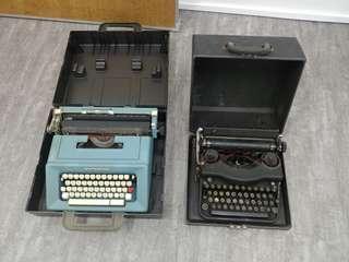 Vintage Manual Type Writter
