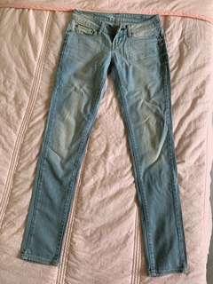 Levi's Low Waist Light Wash Skinny Jeans