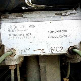 🚚 Bosch 德國原廠(050)ABS電腦總成/ Benz專用W124 MC1/MC2 (1998德國制造)