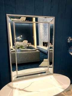 Small traditional mirror