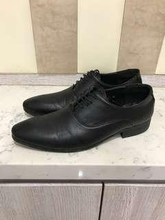🚚 PSGB皮鞋