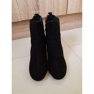 BRAND NEW! Authentic H&M Ankle Boots