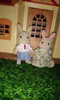 Sylvanian Families Rabbit Couple