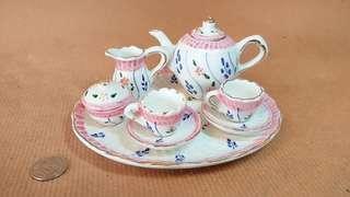 Miniature Ceramic Tea Set (Pink & Blue)