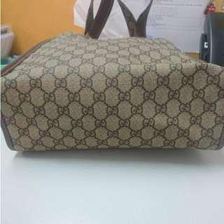 100%Real Gucci A4 Size Handbag