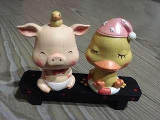 💝出清特賣~居家雜貨 粉紅豬&眨眼鴨(頭會晃)+小花長椅