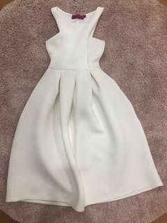 BOOHOO WHITE SCUBA DRESS 6