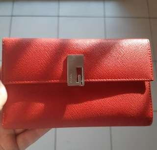 GUCCI GENUINE LEATHER WALLET 100% ORI