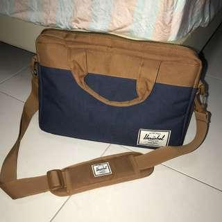 pre loved herschel sling laptop bag