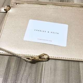 🌟BN Charles & Keith Thin Pouch with Strap