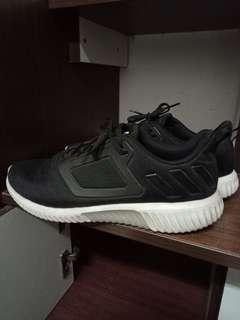 🚚 Adidas climacool慢跑鞋