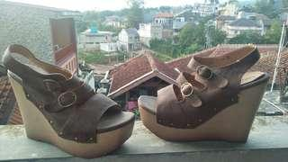Wedges LESLY