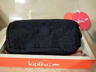 Auth Kipling pouch