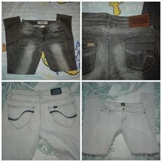 Size 25-26 Jeans- take both