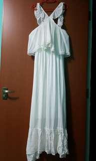 💥CHEAP💥White dress