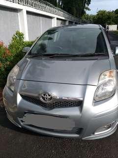 Toyota Yaris AT 2012 Type E