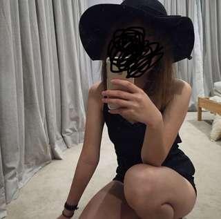 big felt hat