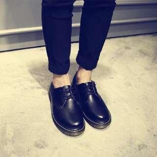 🚚 復古馬丁風格英倫圓頭小皮鞋